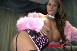 Sexy-Susi black sofa creampies