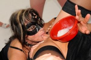 Lisa Porn und Cumbitch Jessy anal creampie #2