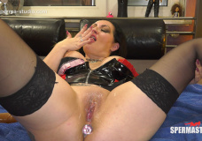 SperMarie and Elina fuck day